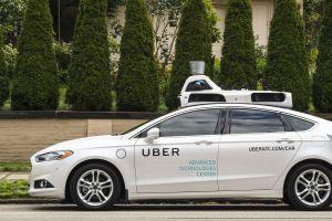 Uber's self driving car knocks down Arizonan pedestrian to death
